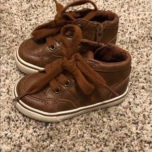 Cat and Jack boys brown shoes